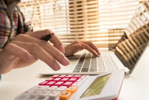 5 Advantages of Using a Personal Loan EMI Calculator