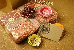 10 Best Diwali Gift Ideas for Family & Friends in 2020