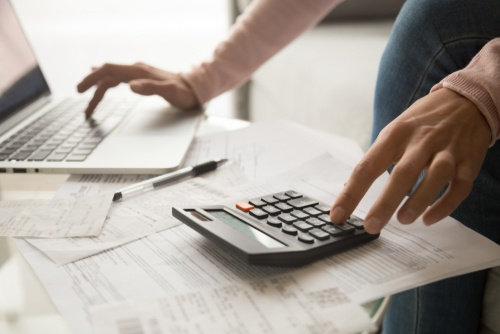 How to Manage Your Expenses using a Personal Loan?