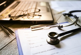 4 Reasons Why You Should Avail a Personal Loan for Doctors